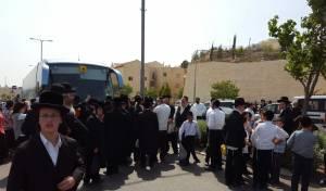 תושבי ביתר זועמים: חסמו את הכניסה לעיר