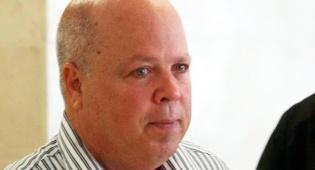 """רו""""ח קובי בן גור פרשת שחיתות ברשות המסים הסדר טיעון - קובי בן גור שהורשע בפרשת רשות המסים צריך להוכיח את כשירותו לעבודות שירות"""