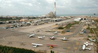 שדה דב שדה תעופה מטוס מטוסים - המדינה עתרה לעליון בבקשה לדחות את פינוי שדה דב עד ה-30 באוקטובר