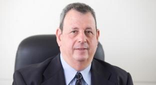 """מנכ""""ל בנק אגוד ישראל טראו - אחרי השביתה במזרחי: 1,200 עובדי בנק אגוד מאיימים בהפעלת עיצומים"""
