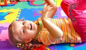 איזה כיף! מעצבים מחדש את חדר הילדים עם מדבקות קיר