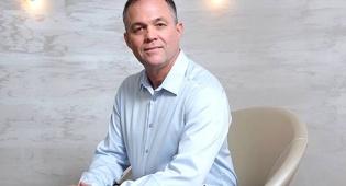 """מוסף השקעות 30.3.16 יאללה בלגן ניר מורוז מנהל השקעות ראשי פסגות - ניר מורוז עוזב את פסגות, תמיר פרדר ימונה לסמנכ""""ל השקעות הגמל"""