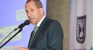שמואל האוזר ראש רשות ניירות ערך בכנס אכיפה - הוסר החסם לכניסת בתי ההשקעות לייעוץ רובוטי