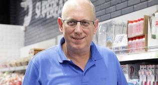 """אבי כץ מייסד ו מנכ""""ל קופיקס - קופיקס העלתה את המחיר ל-6 שקלים - המכירות צנחו ב-12.5%"""