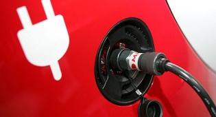 רכב חשמלי הטענה טעינה - רשות המיסים החליטה: מס קנייה מופחת על רכב חשמלי עד 2017