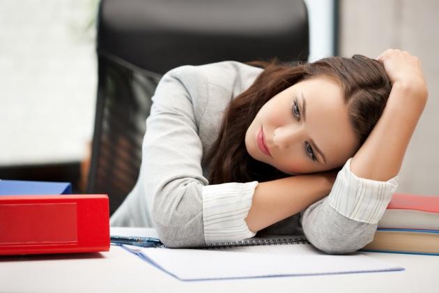 התקף עצלות בעבודה: הימים האלה שאין לך כוח לעשות כלום