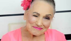 סבתא ליביה מולק. רק בת 80