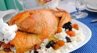 """עוף מתוק וחגיגי לט""""ו בשבט"""