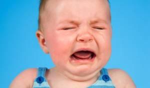 הגרון של הילד כואב? דרכי מניעה וטיפול