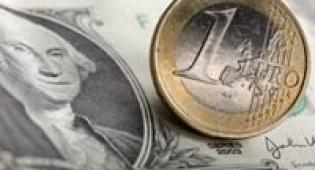 דולר יורו / צלם: רויטרס - הדולר נחלש מול השקל זה היום ה-7 ברציפות ל-3.36 ש´