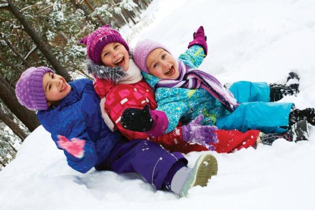 ילדים בשלג