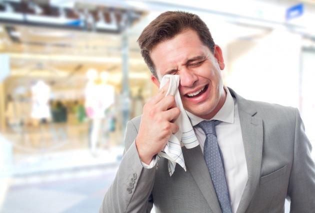 מי אמר שגברים לא בוכים? - סקרים מוכיחים: גברים בוכים יותר מנשים