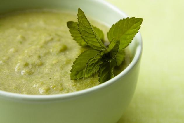 מתכון למרק ירוק שיחמם לכן את הלב