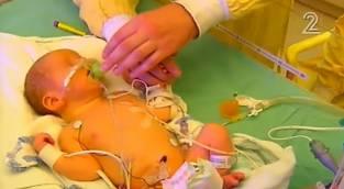 נס בחדר לידה - לידה מרגשת ונדירה: הנס של היולדת החרדית