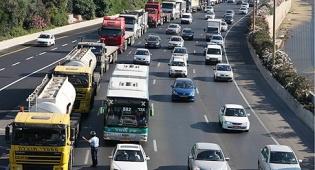 נהגי משאיות מחאת המובילים נתיבי אילון - ארבע בדיקות בשנה לבעלי רכב כבד?