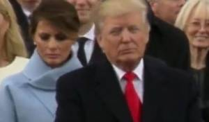 מה אמר לה הנשיא? מתברר שכלום - עבדו עליכם: למה באמת נפלו פניה של מלניה טראמפ בטקס ההשבעה