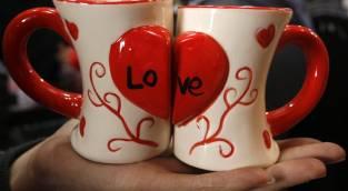 יום האהבה? - האם אנחנו צריכים יום מיוחד כדי 'לחגוג' את אהבתנו?