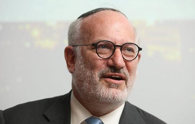 אדוארדו אלשטיין בעל שליטה IDB
