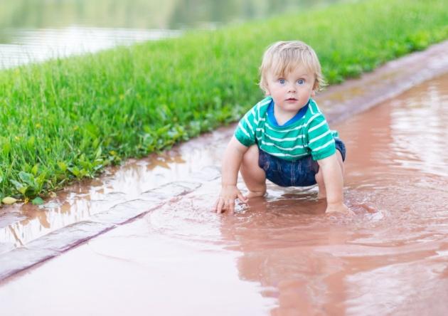 משחקים בגשם, בלי שלוליות