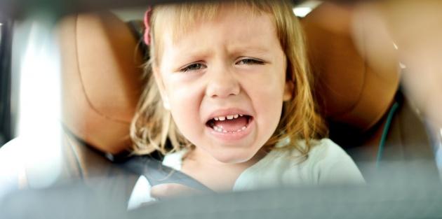 """זה קורה רק להורים """"רעים""""? - היום בו שכחתי את הבת שלי ברכב לוהט"""