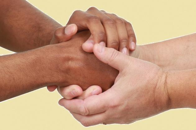 שחור ולבן: איך עושים סוף לאפליה?