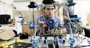 ספי אטיאס מרכז קהילתי של מדפסות תלת ממד - מרכזי XLN: מהפיכת ההדפסה התלת ממדית מגיעה לשכונה שלך