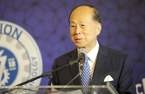"""לי קא שינג יו""""ר האצ'יסון נואם ב טכניון - המיליארדר לי קה-שינג מוכר את עסקי הטלפוניה הנייחת שלו ב-1.9 מיליארד דולר"""