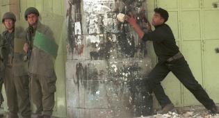 חברון (צילום ארכיון: פלאש 90) - ניסיון פיגוע במערת-המכפלה; מחבל חוסל