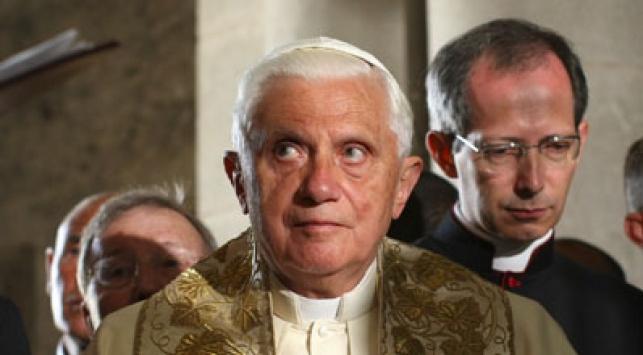רימה. האפיפיור לקח ולא נתן. צילום פלאש: 90