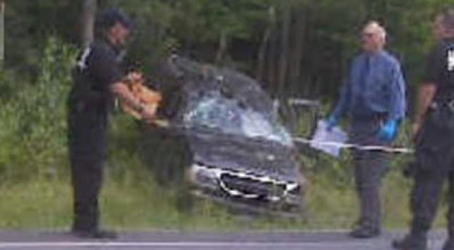 הרכב מפונה ממקום התאונה. צילום: collive.com